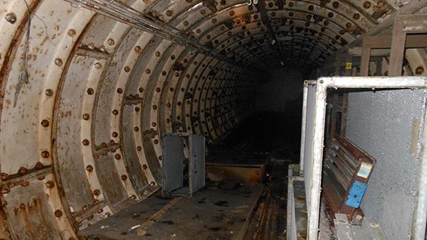 TunnelRoom